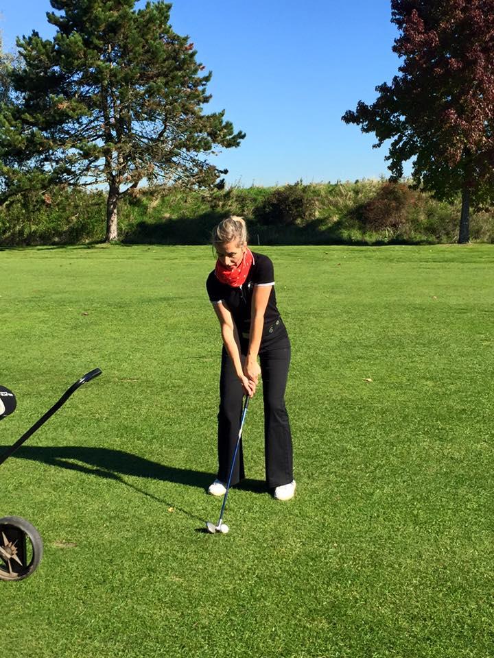 vêtement de golf féminin
